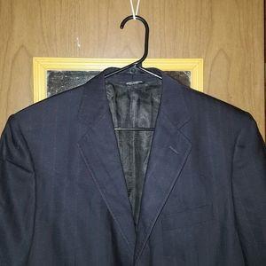 Men's 3 button dolce & Gabbana blazer.